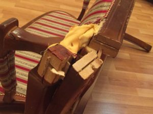 ремонт мебели банкетка