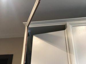 ремонт двери шкафа