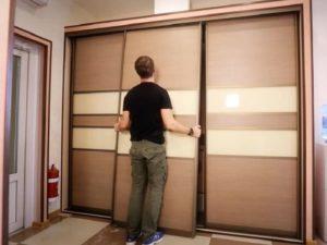 ремонт раздвижной двери